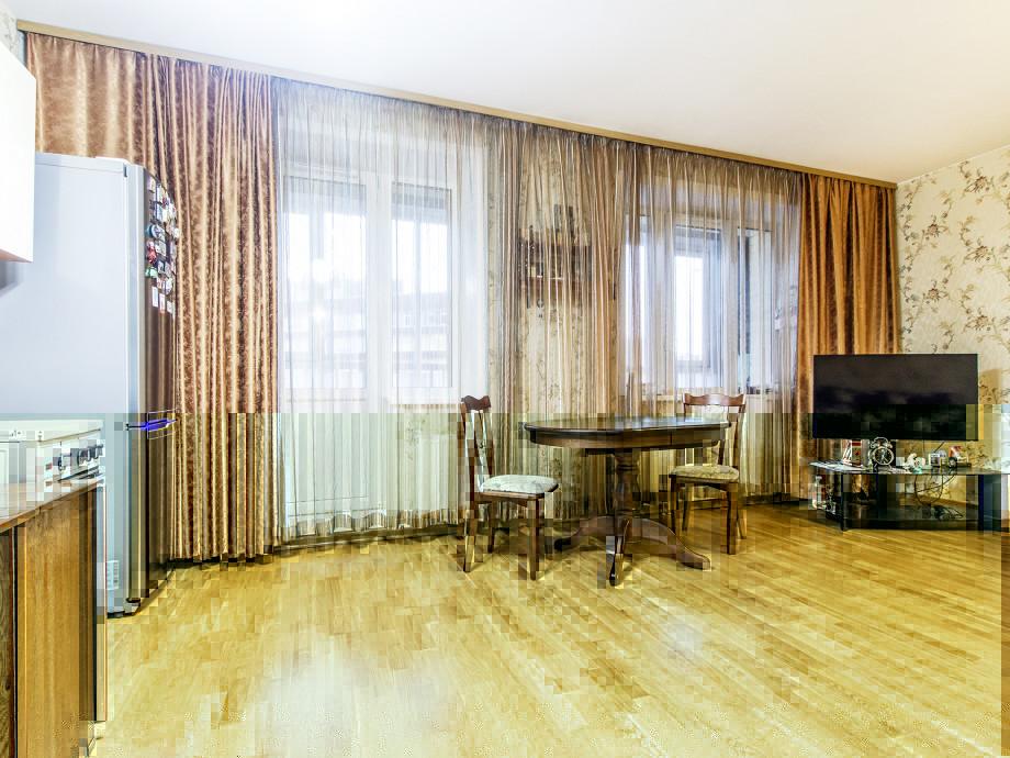 Объявление №27998050: Продаю 2 комн. квартиру. Санкт-Петербург, пр-кт Металлистов, д 116,